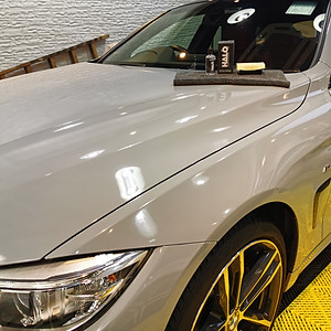 BMW 438