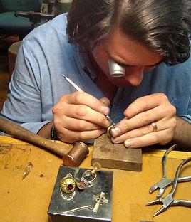 Jewelry repair, gem stone cutting Goldsmithing