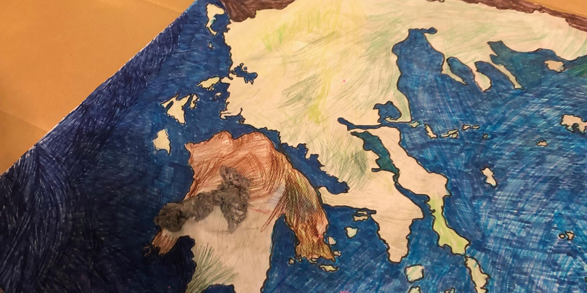 γεμίζουμε τον χάρτη με χαρτοπολτό