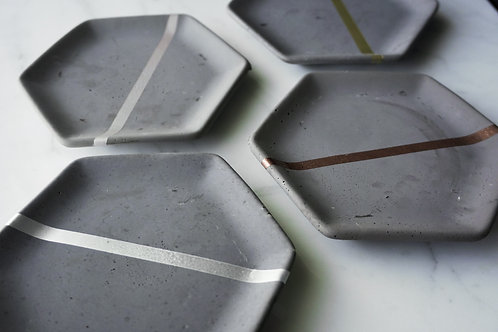 Metallic and Concrete Hexagon Ring Dish