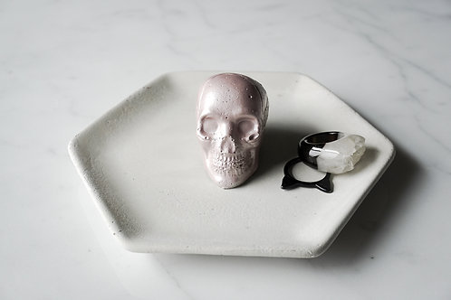 Concrete Ring Tray With Skull
