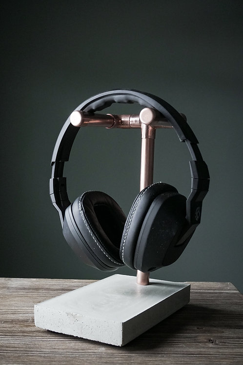 Modern Headphone Stand