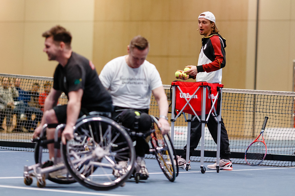 Niklas Höfken takes charge of a Wheelchair Tennis Session // Courtesy of Frank Molter