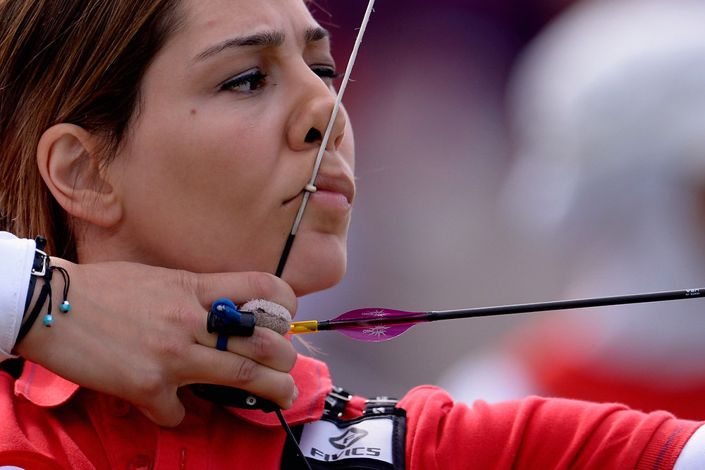 Paralympic Gold Medallist Gizem Girişmen. Para Archery in action. Interview for Parasports World.