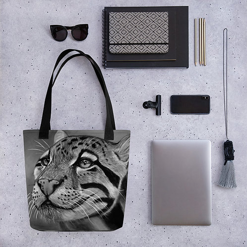 Clouded Leopard Pastel Drawing (Black and White) Tote bag