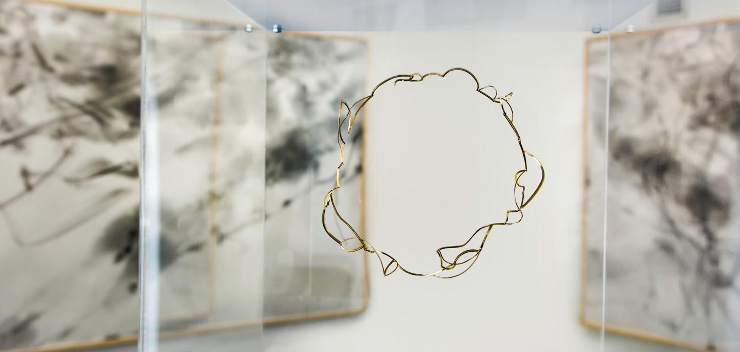 Whisk neckpiece, 18ct gold.