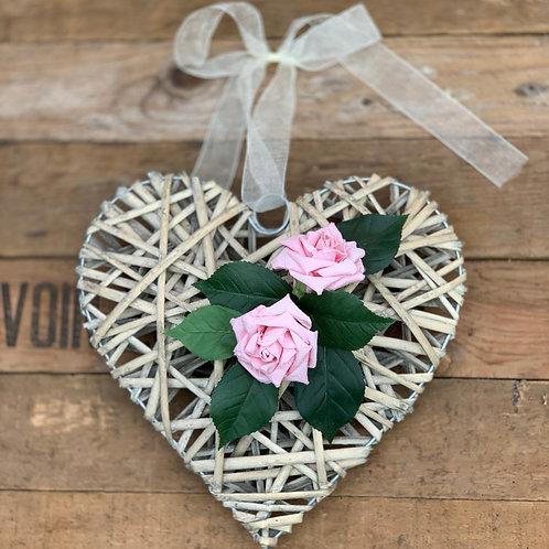 Natural Rattan Heart - 2 paper roses