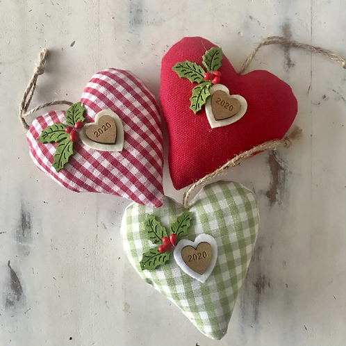 Holly & Gingham 2021 Christmas hearts
