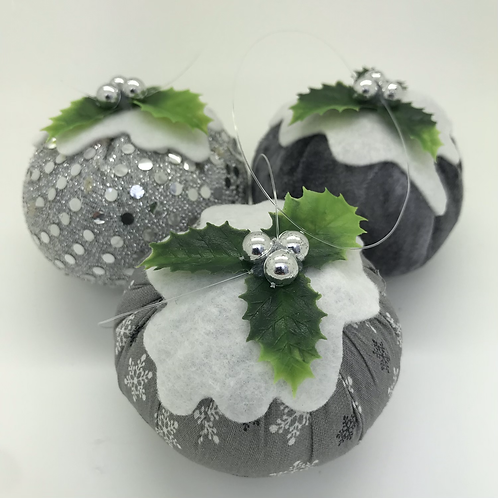 Set of 3 Silver/snowflake Christmas pudding decorations