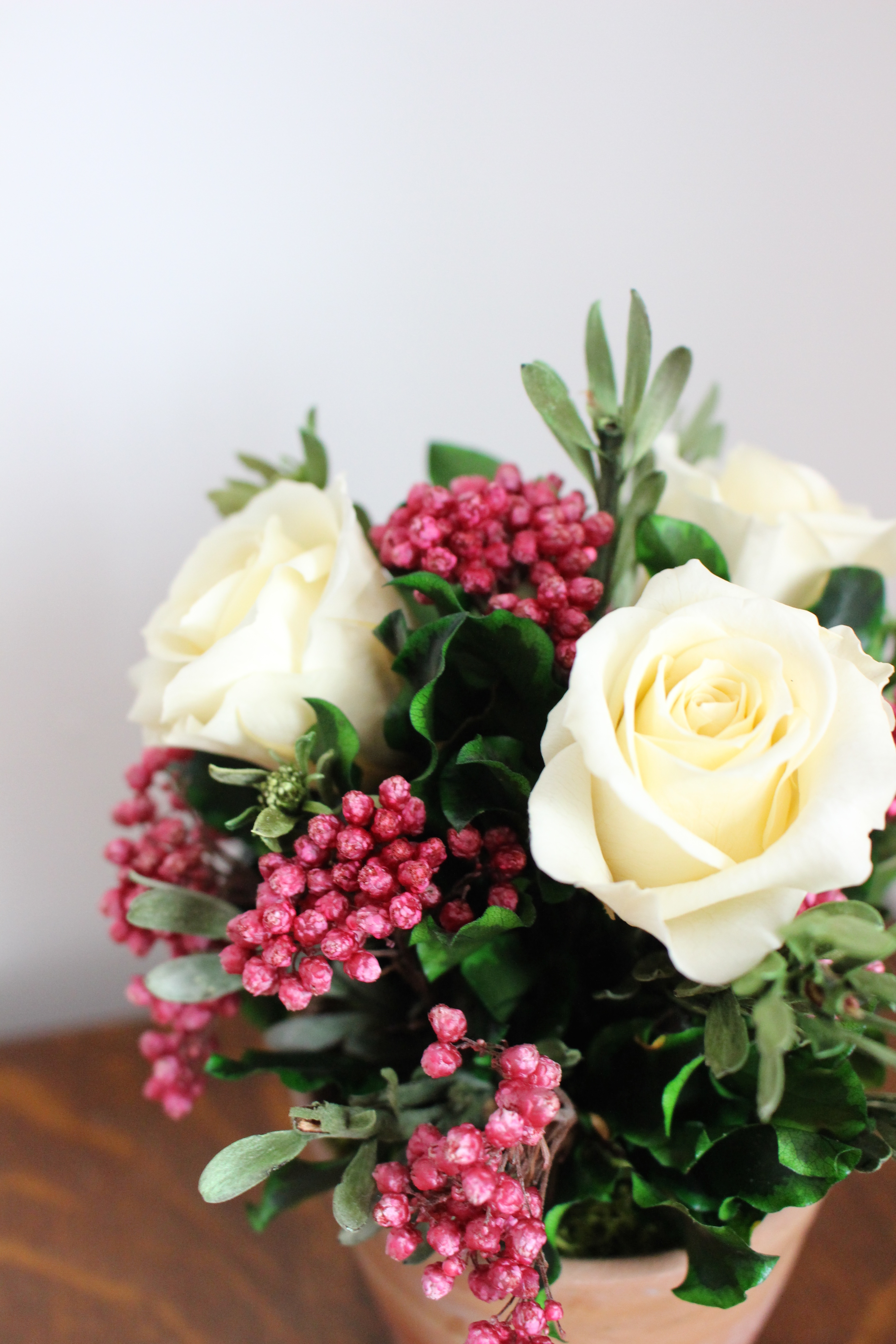 Cream/pink terracotta