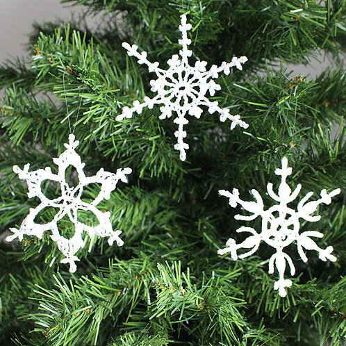 White crocheted snowflakes - mixed designs (set A)