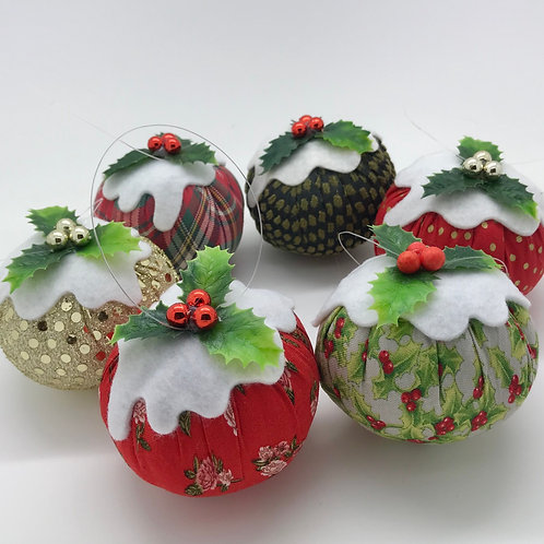 Set of 6 Red/Green/Gold Christmas pudding decorations