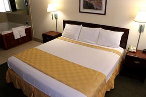 bed-room-1-jacuzzi3.jpg