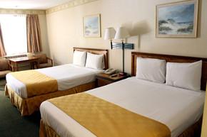 bed-room-2-queen5.jpg