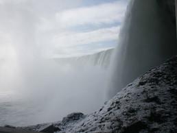 Niagra Falls Essentials