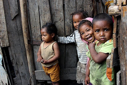 Petits enfants du Quartier d'Anosibe_Bidonville Tananarive.jpg