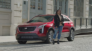 Cadillac_In_Front_XT4_2.jpg
