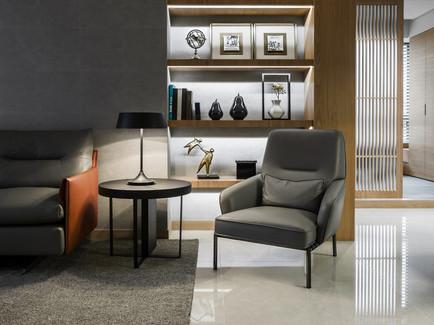 show more in Kei Design | Sunlight Apartment