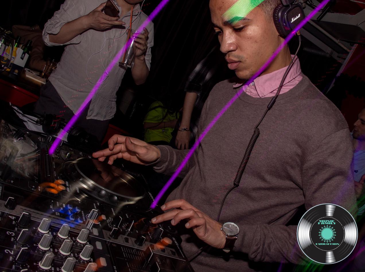 DJ Wayde