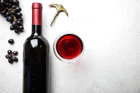 Nos adresses de cavistes à Paris et en IDF pour des vins bio et natures et des dégustations !