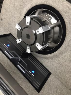 Pajeiro som de qualidade kit 2 vias DLS, subwoofer dls, amplificador alpine