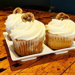 Banana cream cupcakes! #3aprons #3aprons
