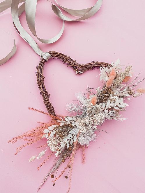 Pretty Love Wreath