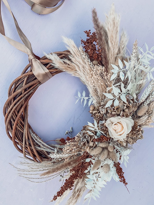 The Feelings Neutral Wreath 40cm