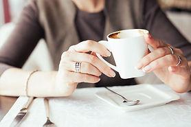 Entrevista de trabajo y cafe.jpg