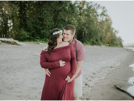 Ashley & Alex: A Sauvie's Island Maternity