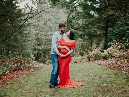 Alexiya & Dan: A Pittock Mansion Maternity