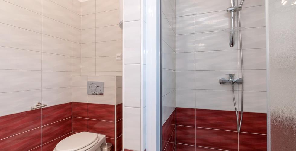kupaona + wc smokva.jpg