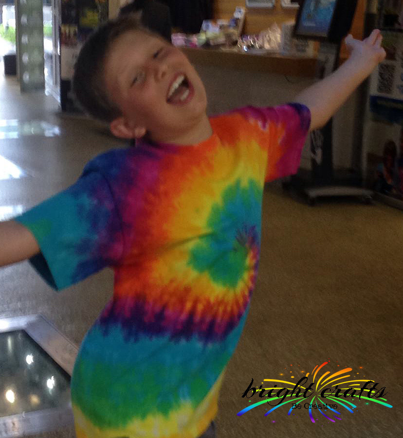 Tie Dyeing Rainbows with Bright Crafts Kits