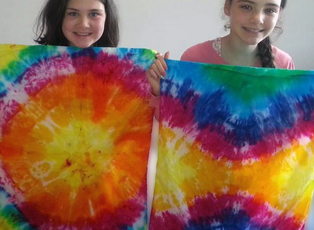 What makes Tie Dyeing so much Fun?