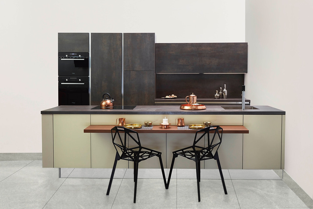 Bench-top dining