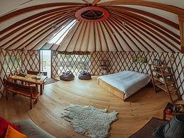 Inside Yurt 2.jpg