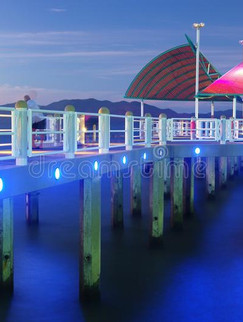 townsville-strand-jetty-14329573.jpg