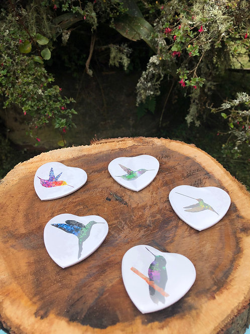 PIN en forma de corazón colibrí
