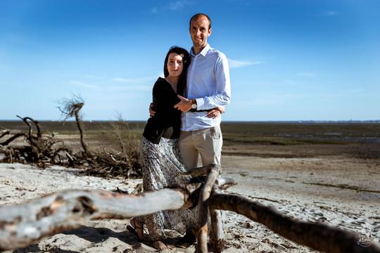 engagement, couple, photographe andernos, plage