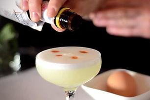 cocktail-egg-pisco-sour.jpg