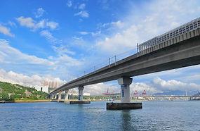 MTR_Tsing_Lai_Bridge_s.jpg