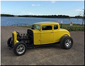 1932 Ford owned by Tom Mache.JPG