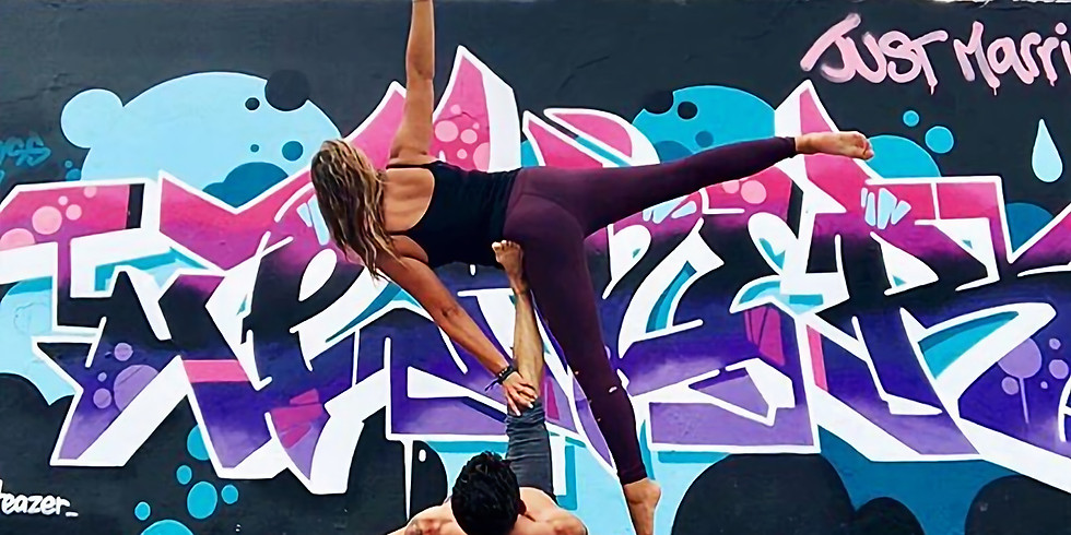 """Acroyoga for beginner - inter Workshop : AcroNoga """" They see us Rollin"""""""