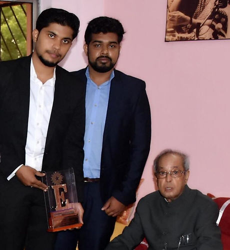 Vigneshwar KG with Ex- President of India.