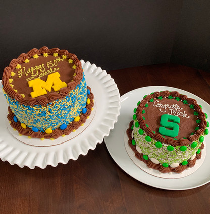 University of Michigan vs. Michigan State cakes