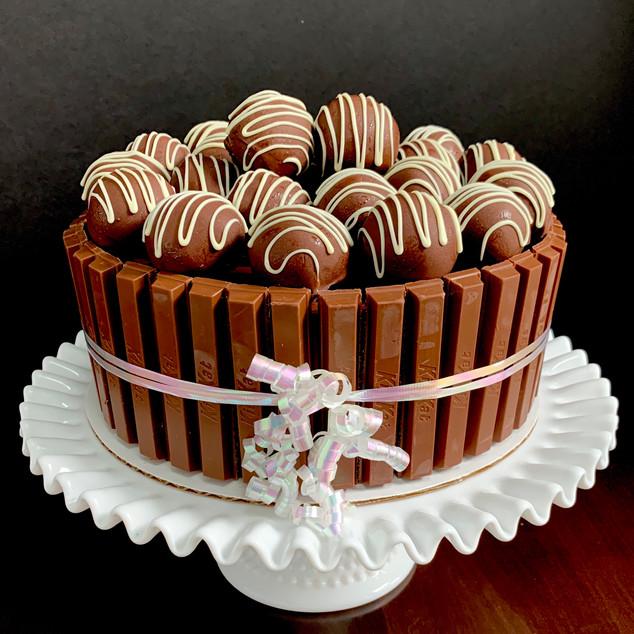 Cake ball truffle Kit Cat cake