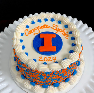 University of Illinois college commit cake
