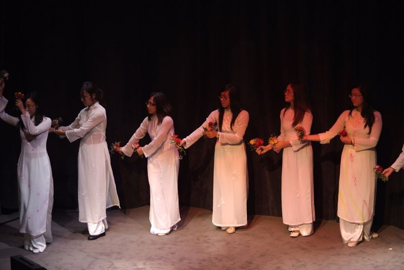Danse costumes vietnamiens