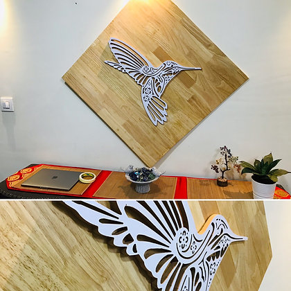 3D Wood Pecker WITH WOOD Background