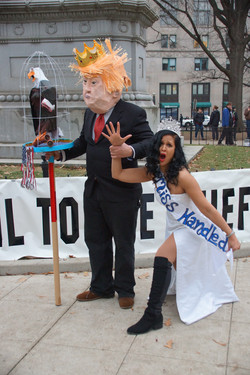King Trump with Miss Handled